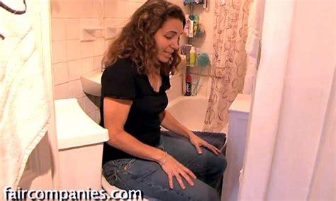 women using bathroom felice cohen describes miniature 90ft home is this