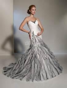 She fashion club black and white mermaid wedding dresses