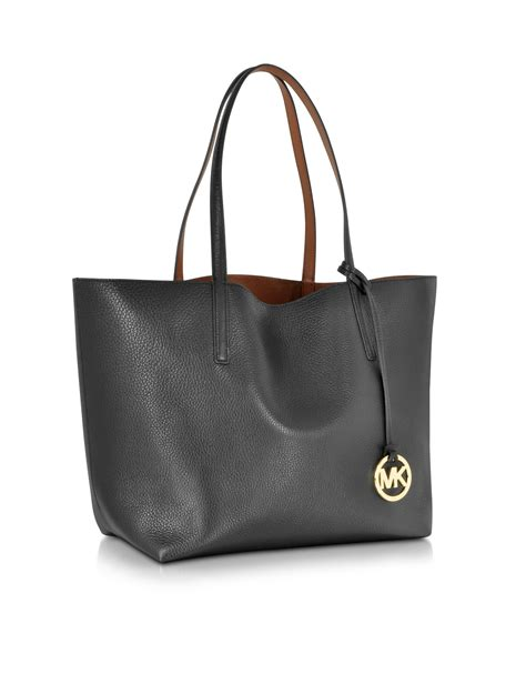 Kaos Everyday Everywhere michael kors izzy large reversible leather tote in black