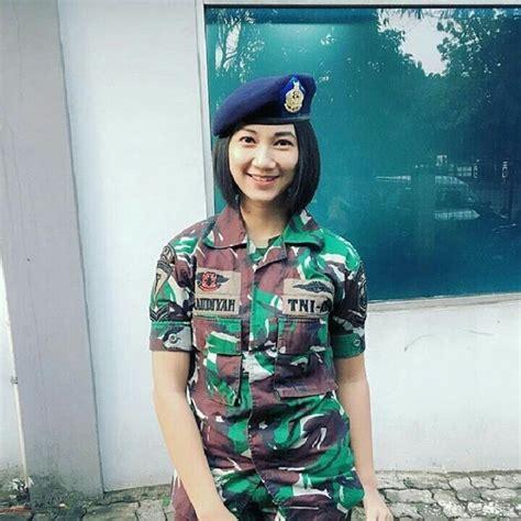 Potret Inspiratif Perempuan Tionghoa Indonesia 6 potret cantik dan tangguh tentara wanita indonesia 6