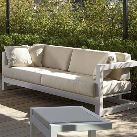 Ottoman Vire Weekend Mp3 Point Weekend Modern Outdoor Sofa Homeinfatuation