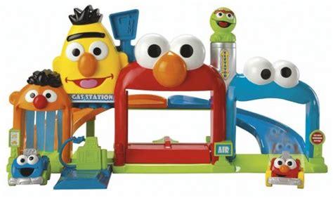 Go Garage by Fisher Price Sesame Giggle N Go Garage Sesame