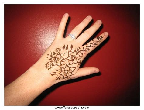 history of henna tattoos henna history makedes