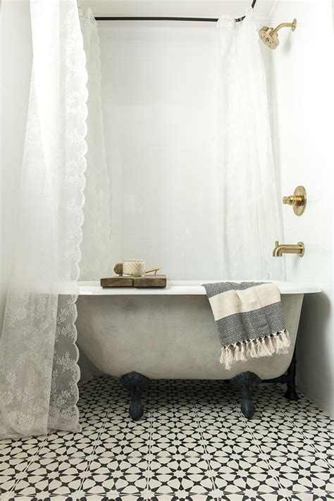 Can You Shower After A by 25 Best Ideas About Clawfoot Tub Shower On