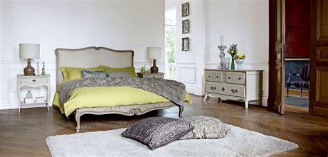 este bed nouveaux classiques collection roche bobois