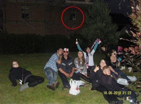 An Em Ridge Mystery fantasma capturado na janela de pr 233 dio em constru 231 227 o na