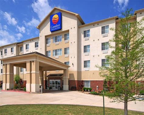 Comfort Inn Ok by Exterior Picture Of Comfort Inn Suites Oklahoma City