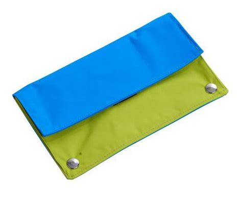 Mat Level by Buster Activity Purse For Dogs