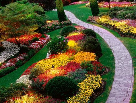 backyard flower garden design garden flower bed ideas10 landscaping gardening ideas