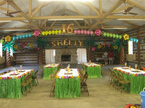 christmas in hawaii themed party hawaiian luau decorations luau themed balloon decorations for 16th birthday luau