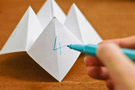 How To Make A Paper Fortune Teller Wikihow - how to fold a fortune teller with pictures wikihow