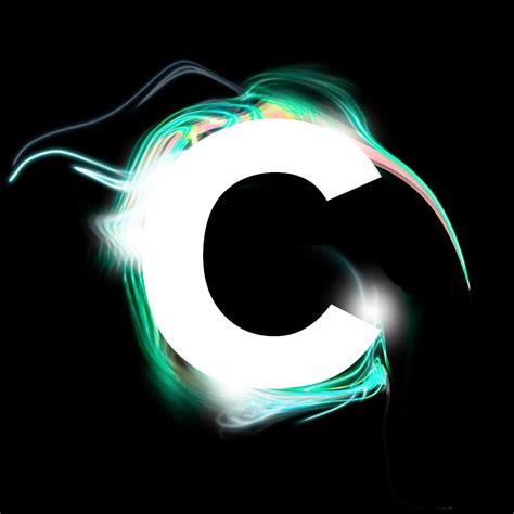design principles - Letter logo similitude controversy ... C- Logo