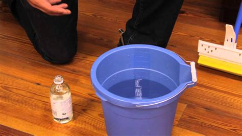 Cleaning Hardwood Floors With Vinegar Cleaning Hardwood Floors To Get Shiny And Clean Floor Homesfeed
