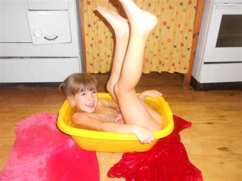 Idnes Rajce Little Open Legs Kumpulan Berbagai Gambar
