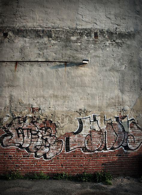 graffiti wall  graffitianz