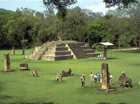 imagenes mayas en honduras copan ruinas honduras places in honduras pinterest