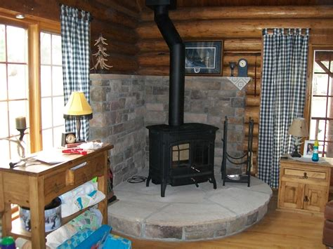 Log Cabin With Wood Burning Stove by Log Cabin Wood Stove
