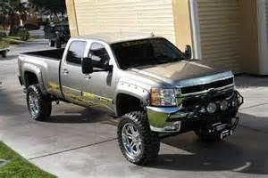 chevy gmc 2500 3500 6 8 inch lift kit 2001 2010