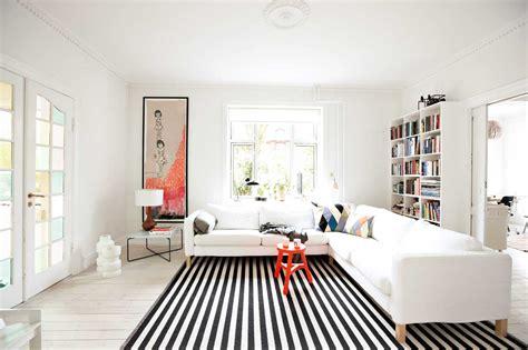 tappeti per correre come arredare casa con i tappeti moderni hellohome it