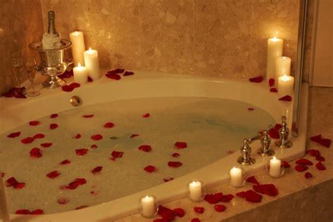 Bilder Badewanne Romantisch die whirlpool badewanne und ihre verschiedenen varianten