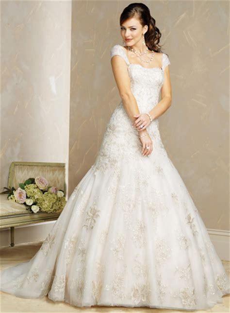 Wedding Dresses With Cap Sleeves by Gorgeous Wedding Dress Gorgeous Cap Sleeve Wedding Dress