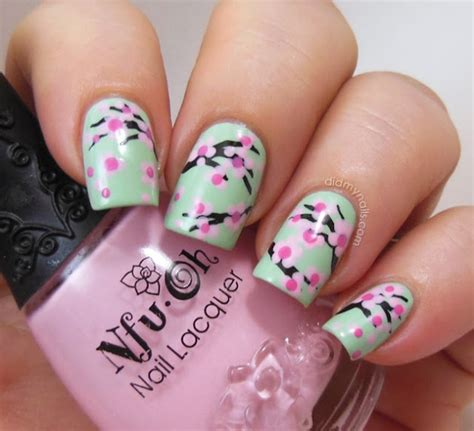 design flower for nail 15 colorful flower nail designs for summer 2014 pretty
