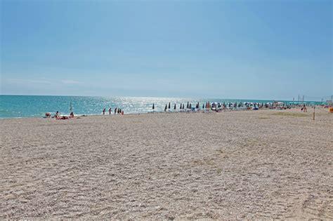 porto san elpidio spiaggia di porto sant elpidio trovaspiagge it portale