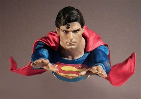 christopher reeve hot toys hot toys superman christopher reeve dc action figures