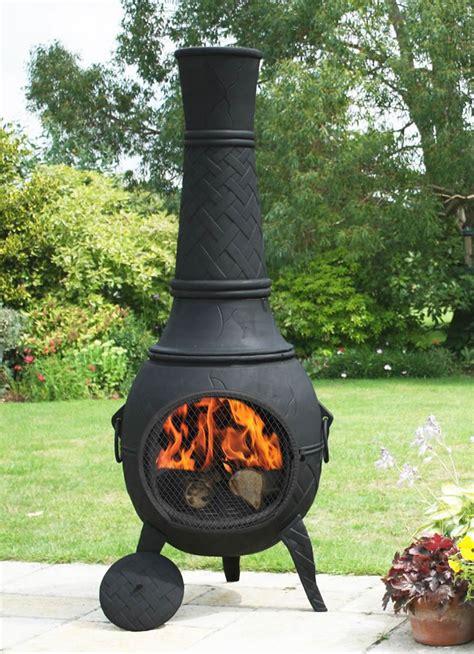 La Chiminea mega cast iron chimenea in black by la hacienda 163 539 1 garden4less uk shop