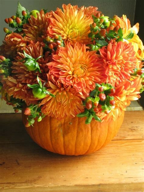 pumpkin bouquet centerpieces pumpkin flowers centerpiece home decorating trends homedit
