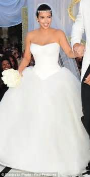 Why is the bridal market so flooded with unflattering