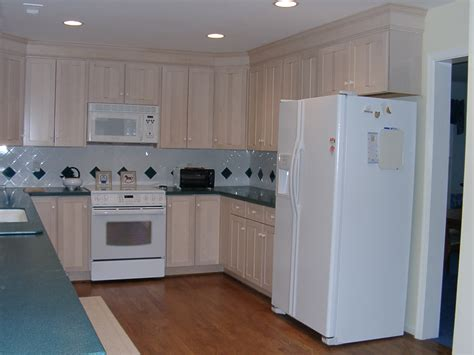 kitchen cabinet finishes cabinets colors and this kitchen cabinets colors 2014 k c r