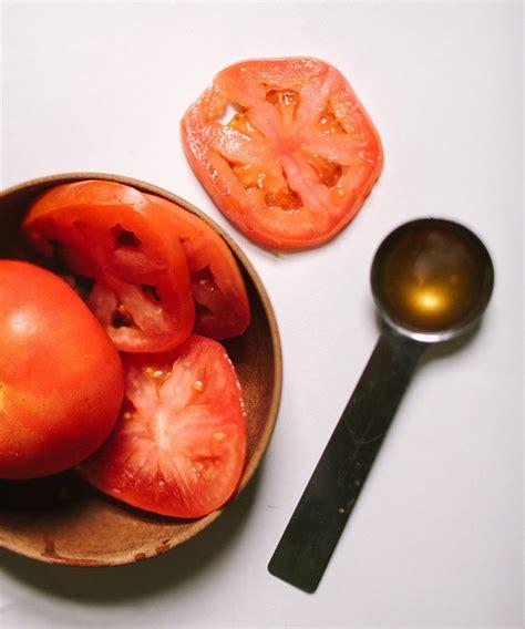 Masker Tomat top 10 diy fruit masks top inspired