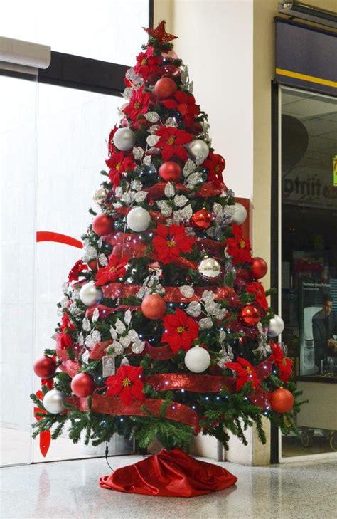 lindos 225 rboles de navidad en color rojo paperblog