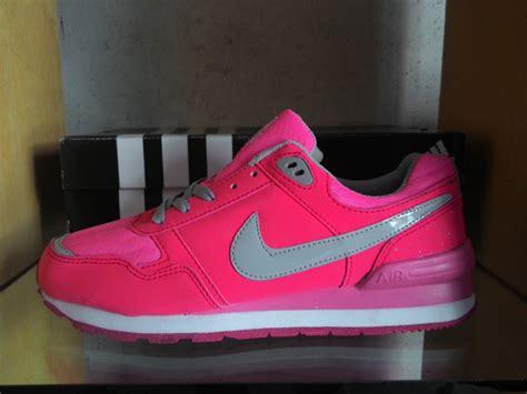 Sepatu Murah Wanita Cewek Kekinian Nike Olahraga sepatu nike original untuk wanita