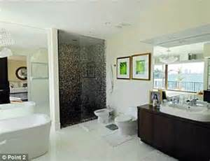 kim kardashian bathroom kim and kourtney kardashian moving into 6million miami