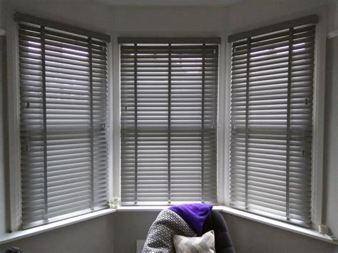 Window Shade Venetian Blinds by Best 25 Bay Window Blinds Ideas On Curtains