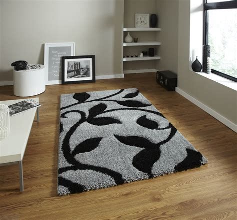 decorative large carved leaf pattern floor rug