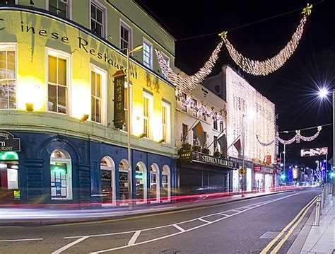 galway city centre at night 3