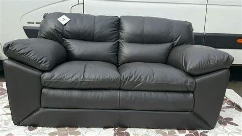 ex display sofa dfs valiant 2 seater sofa venezia new ex display rrp 163 978