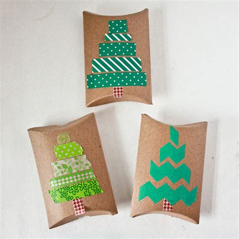 Cute Ways To Give A Gift Card - creative ways to give a holiday gift card or cash what to expect