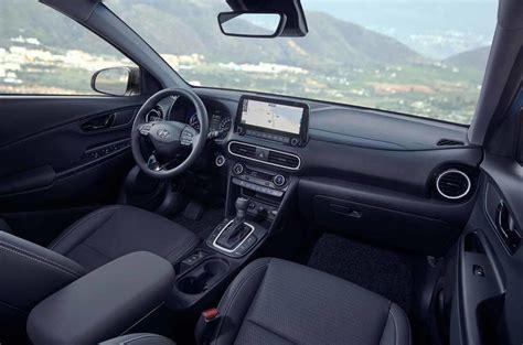 hyundai kona hybrid revealed  mpg small suv autocar