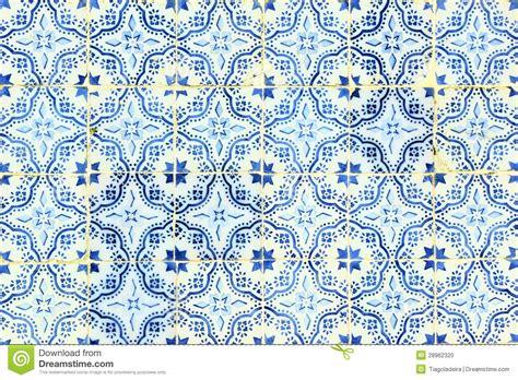 portugiesische fliesen azulejos portugiesische fliesen stockfoto bild 28962320