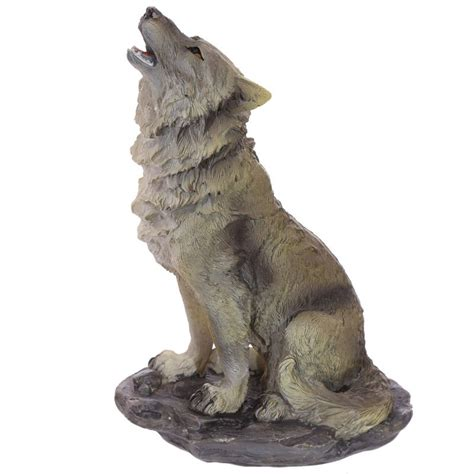 wolf standing  howling  rocks decoration