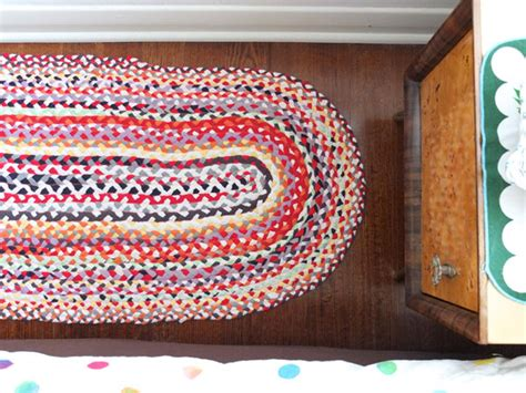 how to make a rug from t shirts how to upcycle t shirts into funky area rugs