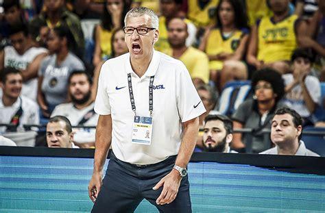 técnico aleksandar petrovic todos querem chutar de 3 no brasil e assim n 227 o se ganha