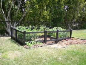 Fencing Ideas For Small Gardens Vegetable Garden Fence Ideas Collections Front Yard Landscaping Ideas