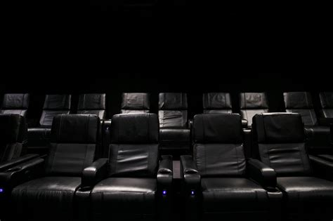 reclining seat movie theater 100 reclining movie theater seats reserved seating