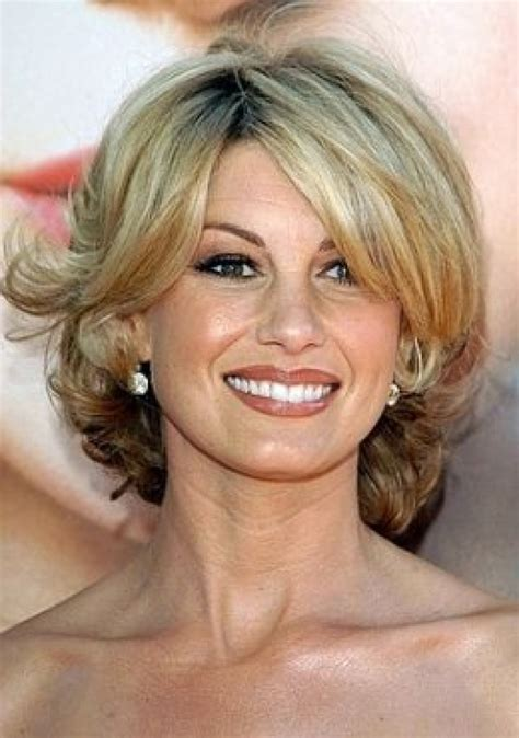 haircut for women over 40 with midlength hair medium hairstyles for women over 40