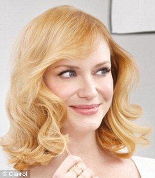 strawberry blonde actresses christina hendricks shows off new blonde do at mad men